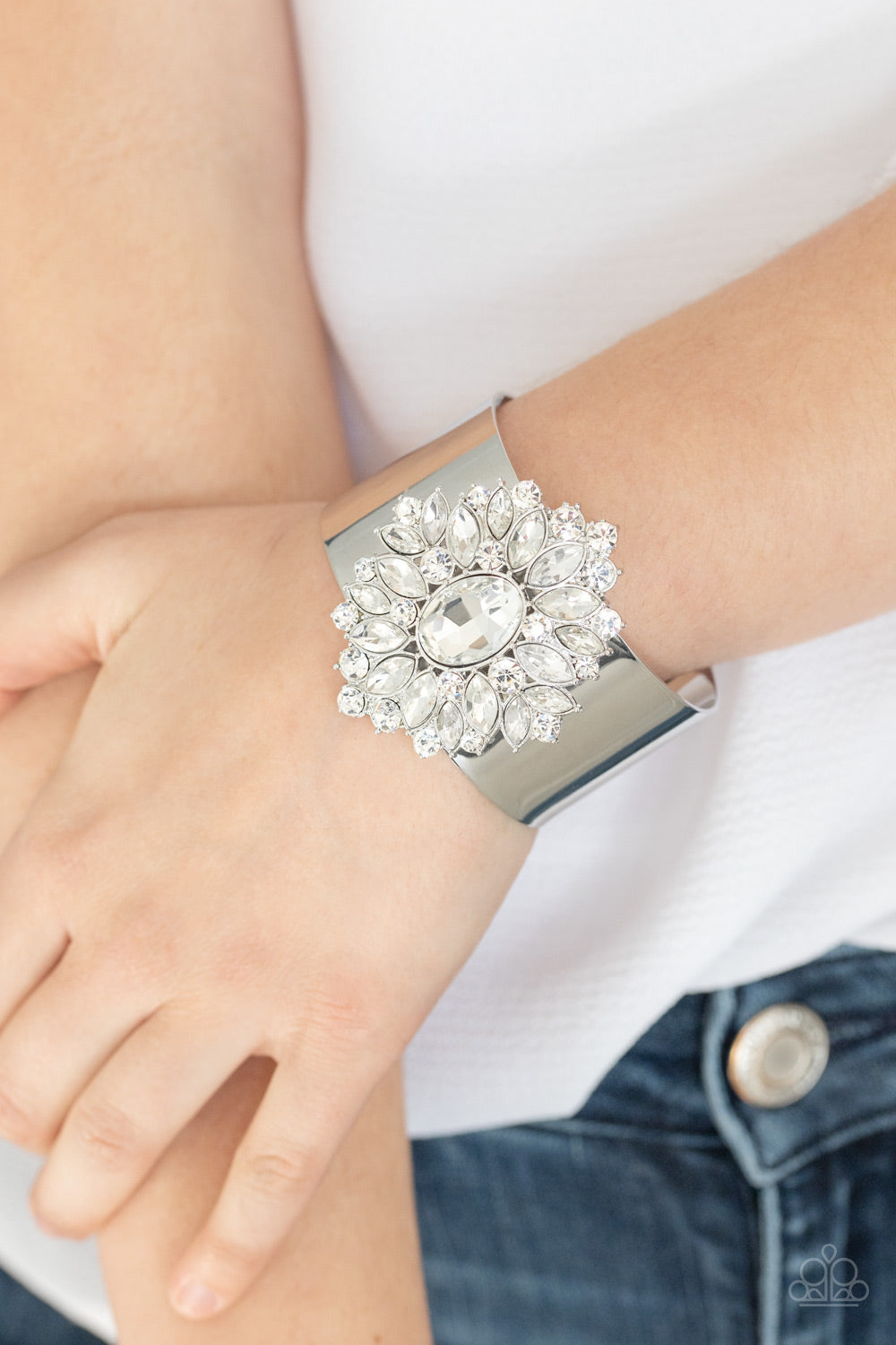 The Fashionmonger - White Paparazzi Bracelet: July 2020 Life of the Party - Pink Dragon Jewels