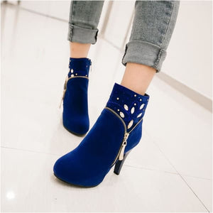 Women thin heels ankle boots round toe.