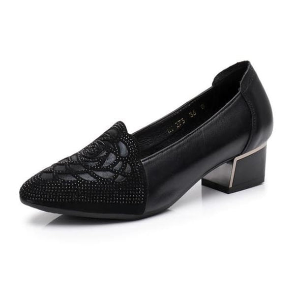 Black patent leather pointed toe pumps low heel