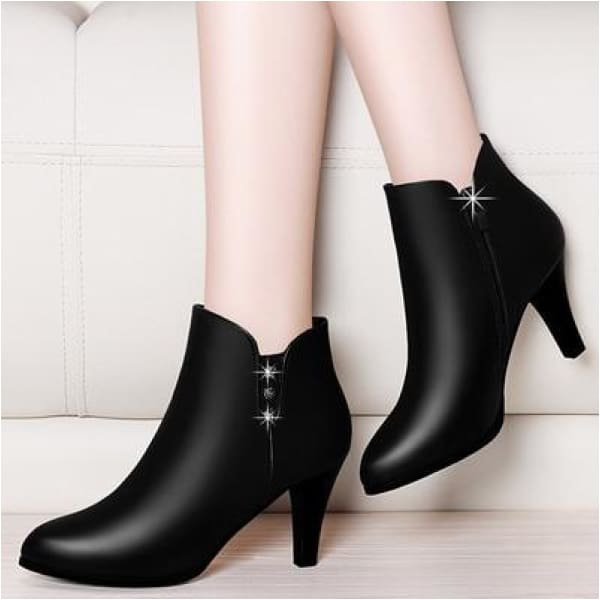 Womens mid heel black ankle boots
