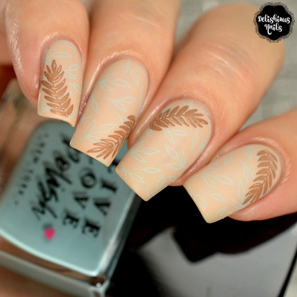 Lovely Leaves 3 - Uber Chic Stamping Plate