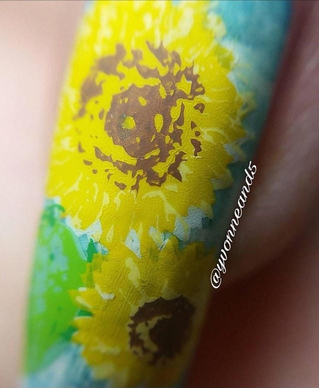 Sunflower and Leaves (CjS-26) - CJS Small Stamping Plate