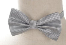 Pre-tied Dark Gray Cross-hatch Bow Tie