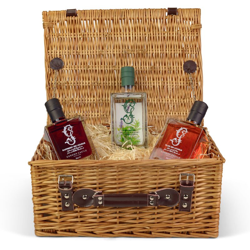 Gordon Castle Engraved Gin Lovers Hamper