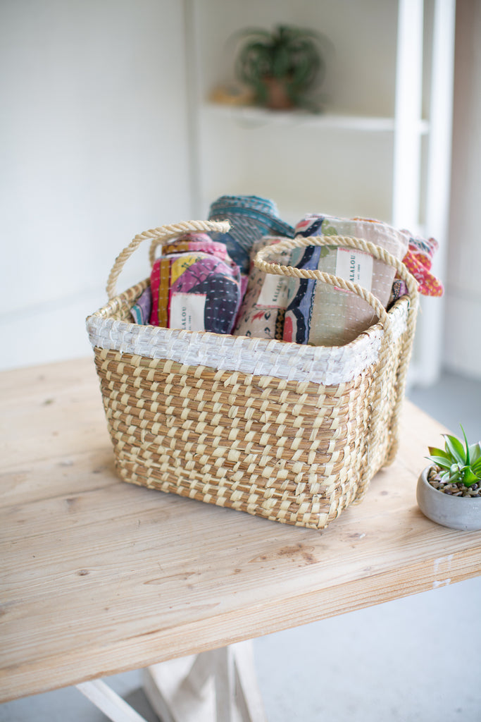 White Dipped Seagrass Basket With Long Handles