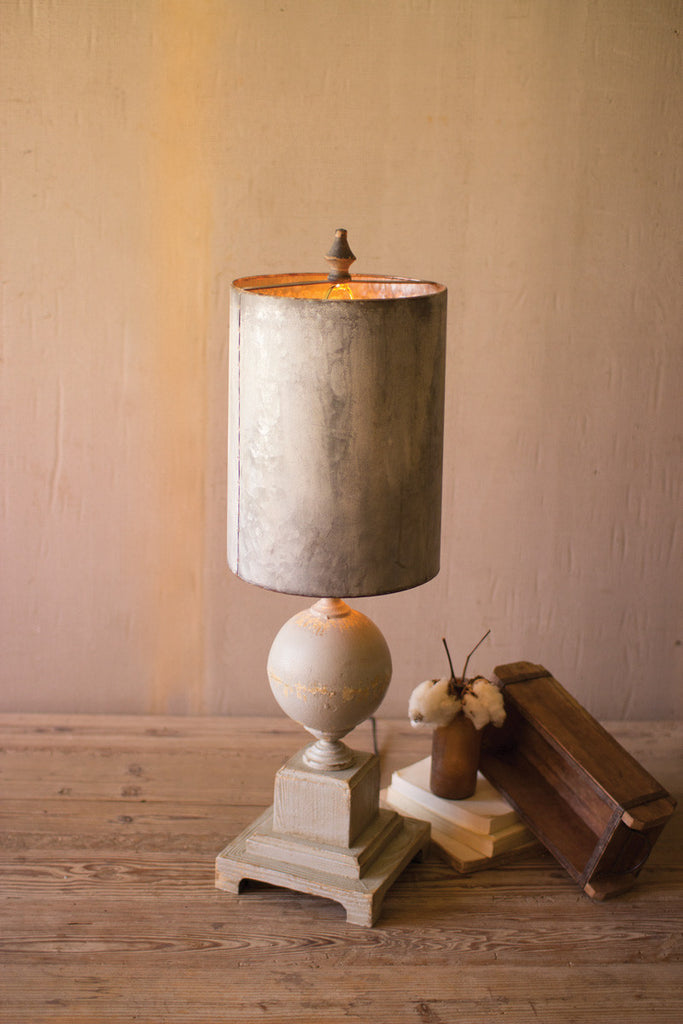 table lamp \ wood and metal base with tall metal shade