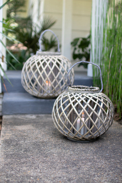 low round grey willow lantern with glass \ large