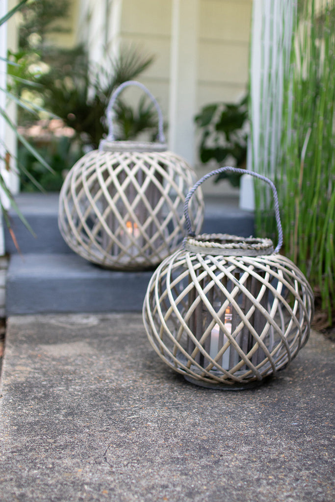 low round grey willow lantern with glass \ small
