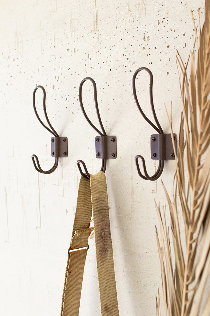 Rustic Metal Coat Hooks With Screws - Box of 24