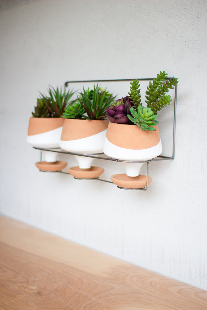 Three Natural and White Planters With Wire Wall Hanging