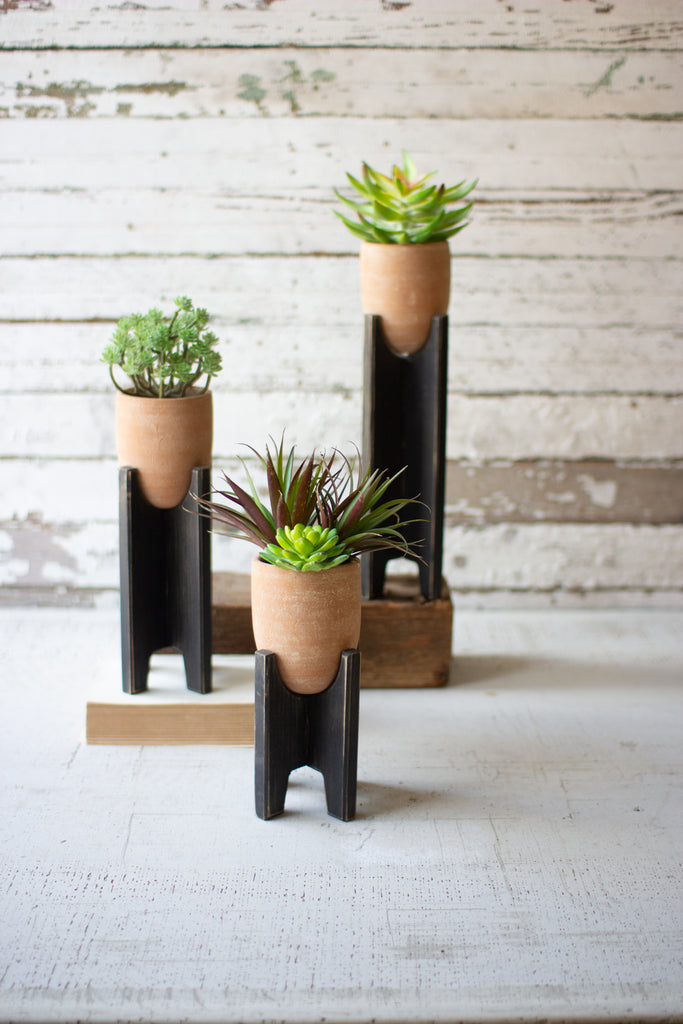 White Wash Planters With Black Wooden Bases - Set of 3