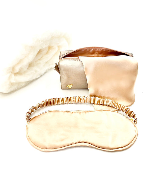 Made from the softness of pure silk. Pillow case and eye mask.