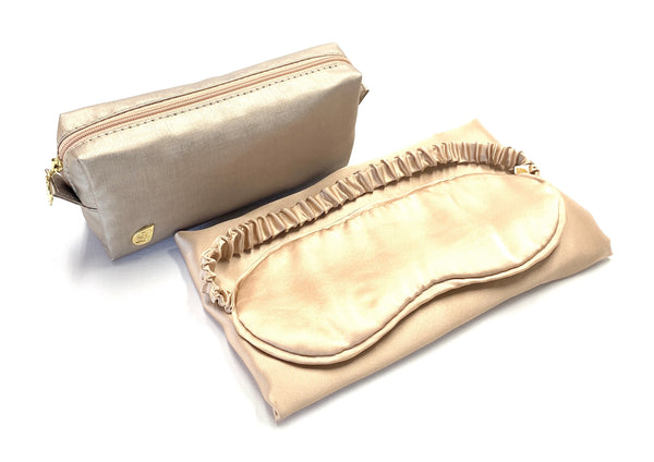 Anti wrinkle 100% silk pillow case and eye mask for your travels.