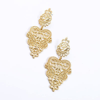 Beautiful Retro Filigree Earrings