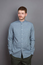 Laden Sie das Bild in den Galerie-Viewer, Band Collar Shirt cloud