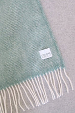 Load image into Gallery viewer, Woolen Throw Pick Stitch Greenstone
