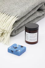 Load image into Gallery viewer, Gift Set Wool Blanket + Candle + Soap