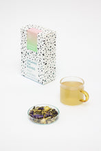 Laden Sie das Bild in den Galerie-Viewer, Bio Tee wild blossom & green tea
