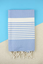 Laden Sie das Bild in den Galerie-Viewer, Hamam Blanket Traditional Stripe sky blue