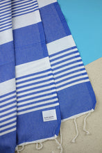 Laden Sie das Bild in den Galerie-Viewer, Hamam Blanket Traditional Stripe ocean blue