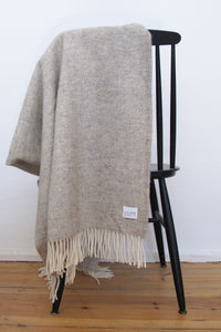 Woolen Throw herringbone limestone