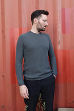 Laden Sie das Bild in den Galerie-Viewer, Loops Sweater blue smoke
