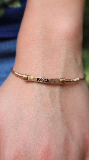 Faith Over Fear Bracelet Gold