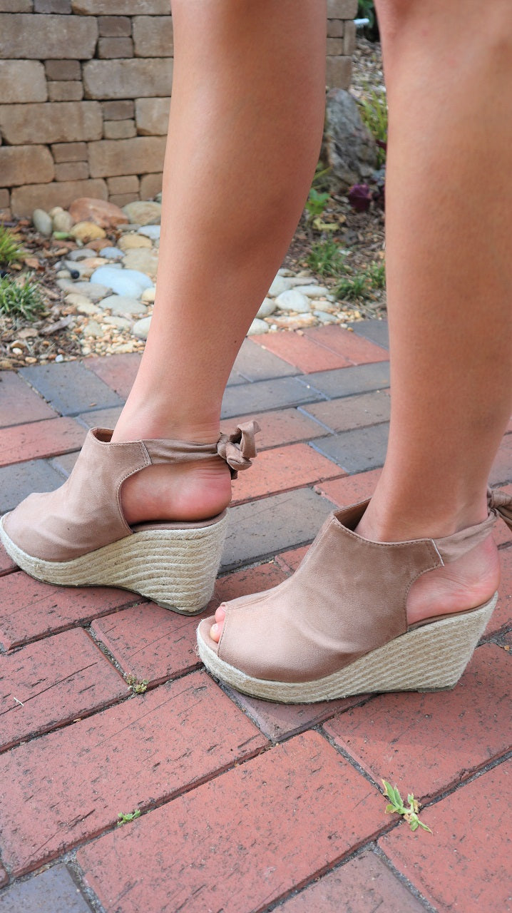 The Lexi Wedge Taupe