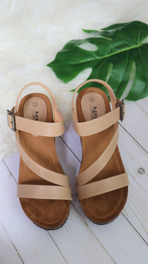 The Summer Wedge Camel