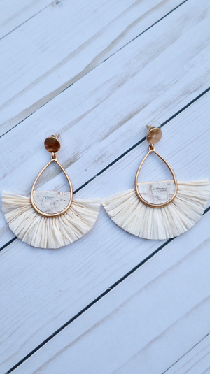 Simply Marble Chic Earrings Ivory