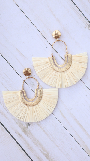 Nothing But Class Earrings Ivory