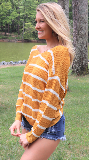 Fall Love Twist Sweater Mustard/White