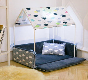 Princess or Prince Charming Pet Canopy Bed