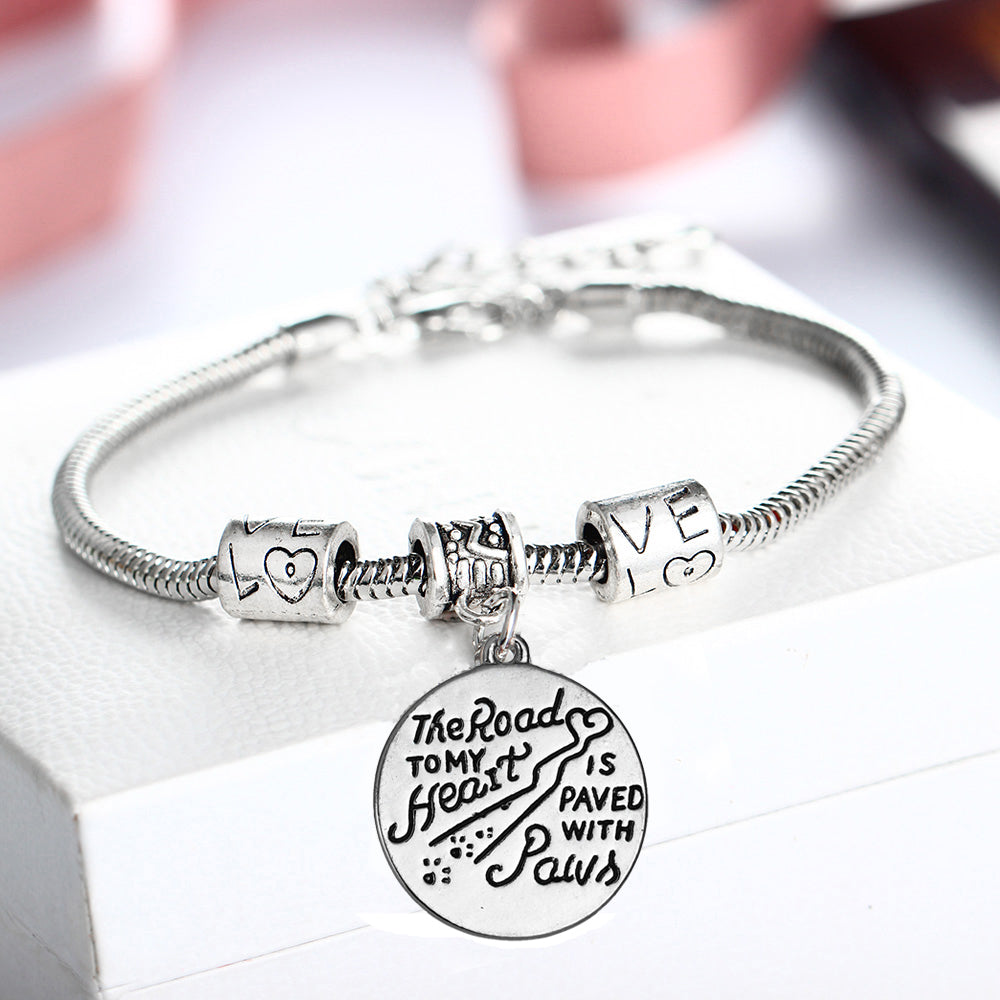 Trendy Dog Paw Print Pet Memorial Bracelet The Road To My Heart Is Paved With Paws Bangle Women Animal Rescue Love Beads Jewelry