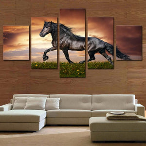 Five Framed or Unframed Pictures Create Stunning Movement