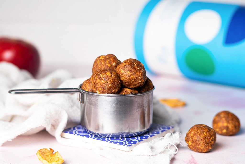 Cinnamon Apple Protein Balls Recipe.