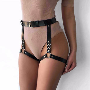 Good Love Garter Belt