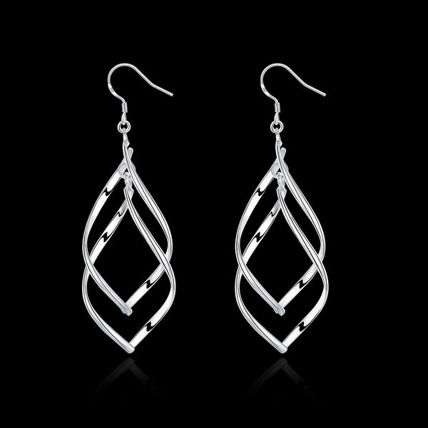 18K White Gold Plated Spiral Interlocking Earring - Pike Creek Boutique