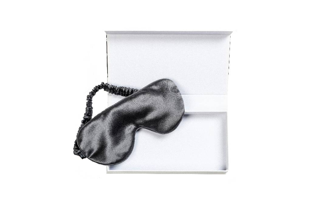 Mulberry Silk Sleep Mask: Grey sleep mask from Artem Luxe curated by pu·rist