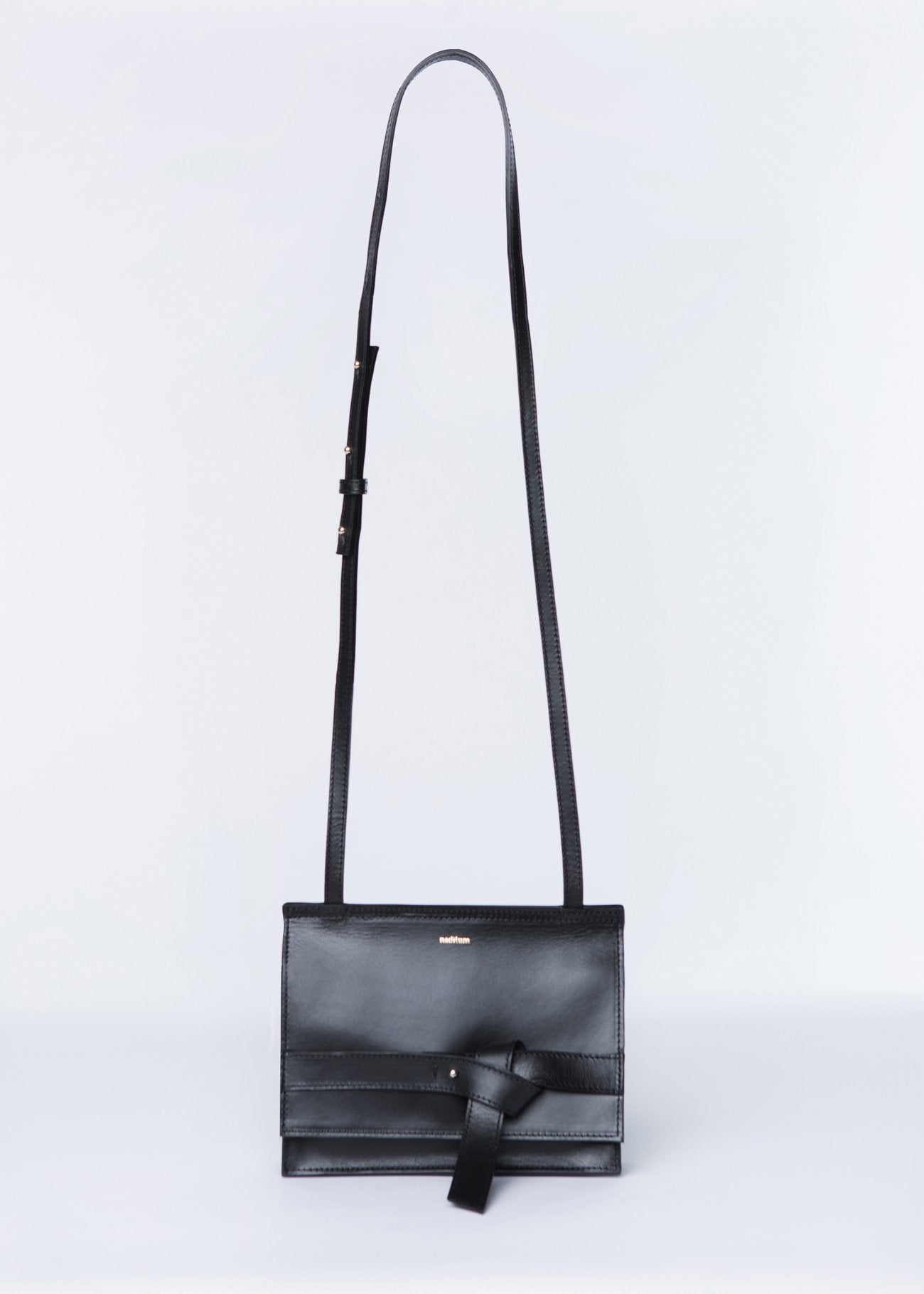 ISHTAR CROSSBODY BAG | BLACK bags from nadītum curated by pu·rist