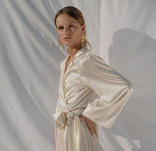 Load image into Gallery viewer, Celia | Silk Wrap Blouse-blouses-charlotte pringels-pu·rist