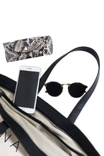 Load image into Gallery viewer, Oversized Canvas Tote Bag-handbags-DONNA ZHONG-Ivory/Black-pu·rist