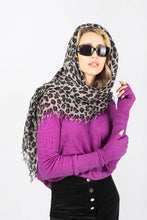 Load image into Gallery viewer, Kitty large leopard print cashmere scarf in Grey Scarf from asneh curated by pu·rist