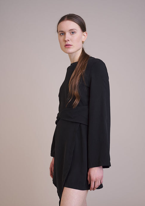 Anthea Dress Dresses from SANSU curated by pu·rist