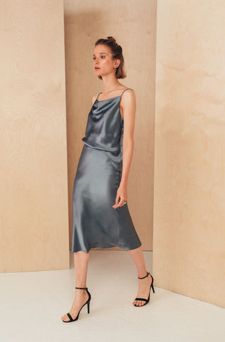 Silk Midi Skirt with Elastic Waistband | Grey SKIRTS from MIONÈ curated by pu·rist