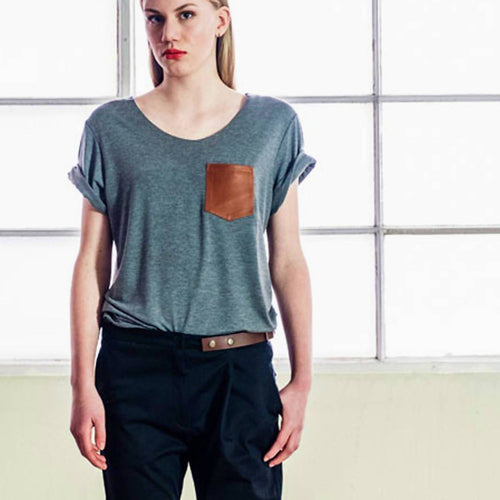 T-Shirt with leather pocket | Grey