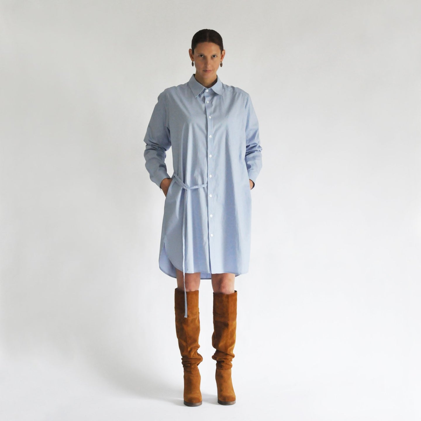 Shirt 'Axl' in blue cotton with asymmetrical draw string SHIRTS from EVA D. curated by pu·rist