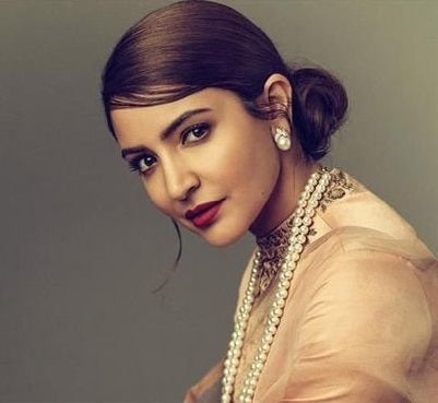 Anushka Sharma in stud Earrings