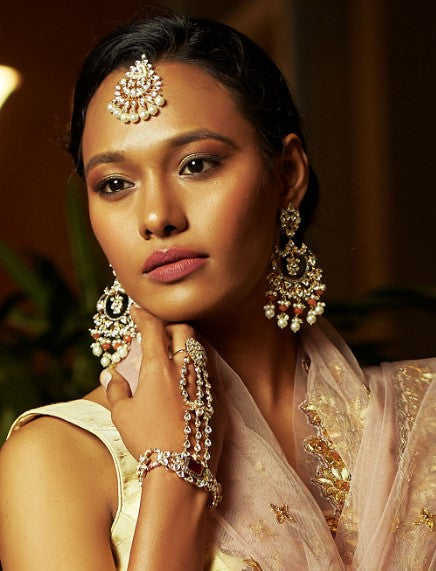 Sia Kundan Earrings