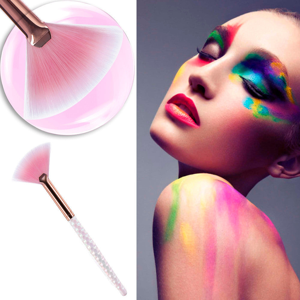 1Pcs Fan Brush Make Up Foundation Cosmetic Concealer Brushes